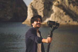 Read more about the article 9 Best Vlogging Tripod in 2021 for Smooth Handling